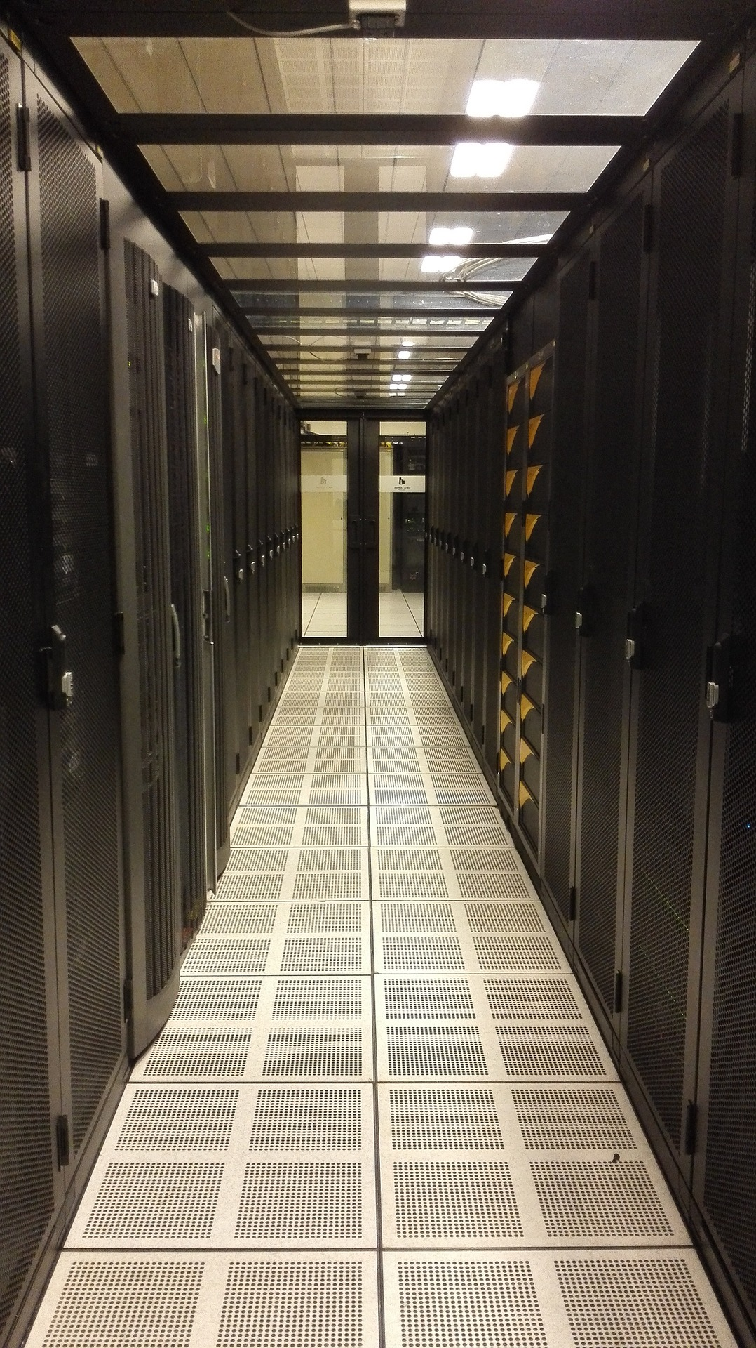 Server Room Construction : What is server consolidation why should you do it